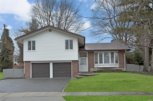 135 Forest Dr, Jericho, NY 11753 (MLS #3102518) :: Signature Premier Properties