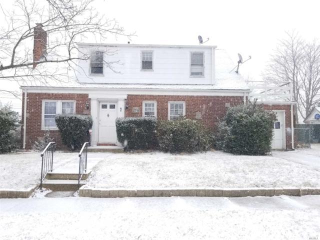 4 Prospect Ct, Freeport, NY 11520 (MLS #3102697) :: Signature Premier Properties