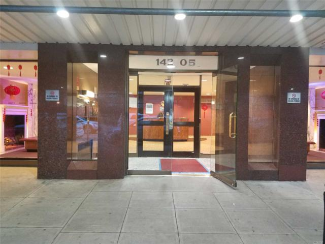 142-05 Roosevelt Ave #322, Flushing, NY 11354 (MLS #3103250) :: Shares of New York