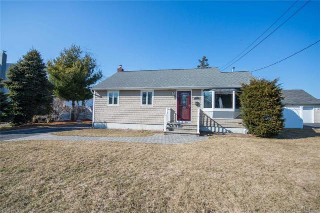 33 Adams St, East Islip, NY 11730 (MLS #3109206) :: Netter Real Estate
