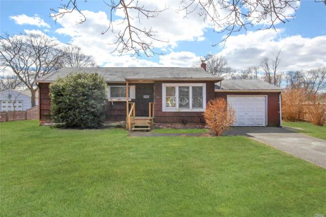 44 Sycamore St, Patchogue, NY 11772 (MLS #3110199) :: The Lenard Team