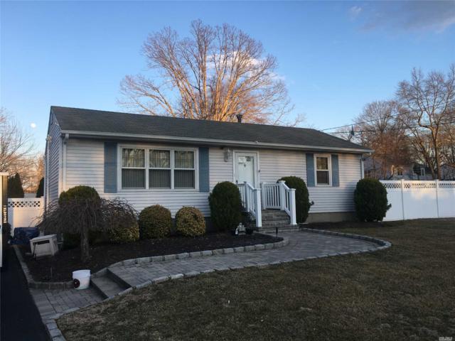 7 Long St, Lake Grove, NY 11755 (MLS #3110769) :: Netter Real Estate