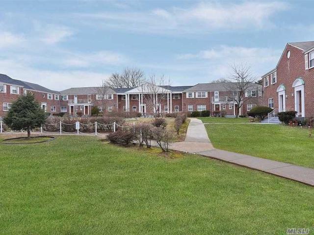 233-14 131 Ave #2, Laurelton, NY 11413 (MLS #3110776) :: Netter Real Estate