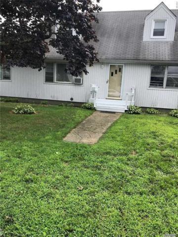 825 S Walnut St, Lindenhurst, NY 11757 (MLS #3110894) :: Netter Real Estate
