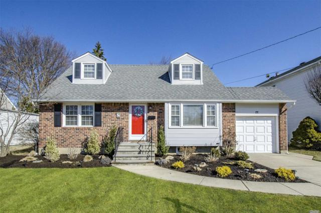 217 N Wisconsin Ave, Massapequa, NY 11758 (MLS #3111301) :: Signature Premier Properties