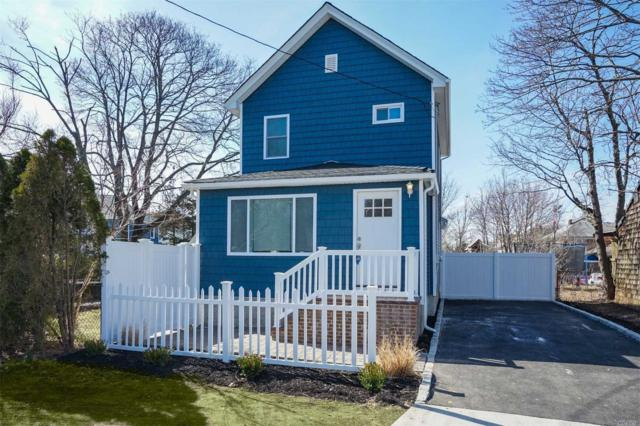 74 Grove Ave, Patchogue, NY 11772 (MLS #3111351) :: Signature Premier Properties