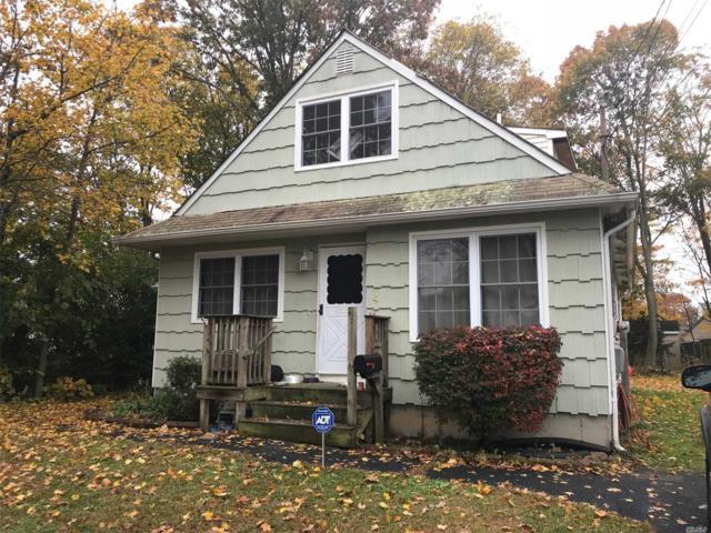 4 Irving Pl, Islip Terrace, NY 11752 (MLS #3111619) :: Netter Real Estate