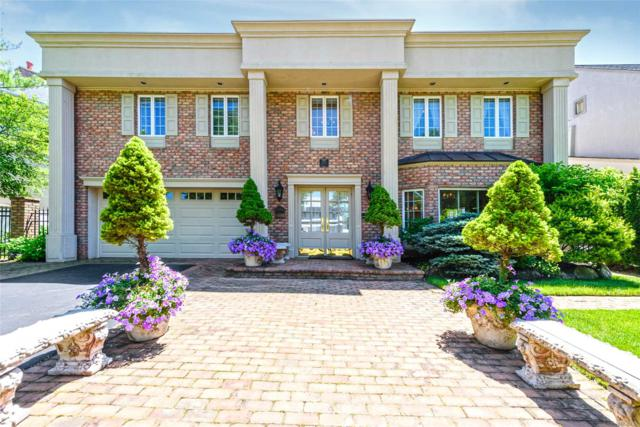 3242 Hewlett Ave, Merrick, NY 11566 (MLS #3111662) :: Signature Premier Properties