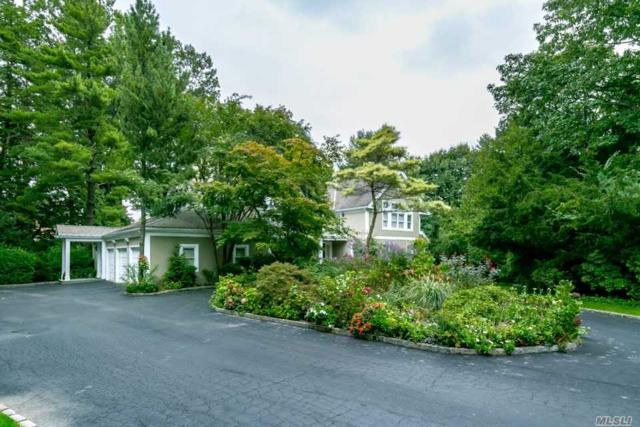 33 Wildwood Dr, Great Neck, NY 11024 (MLS #3111740) :: Netter Real Estate