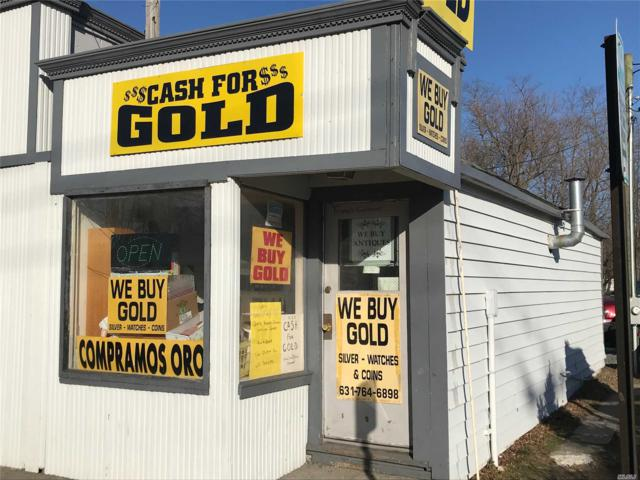 110 Peconic Ave, Riverhead, NY 11901 (MLS #3111945) :: Keller Williams Points North