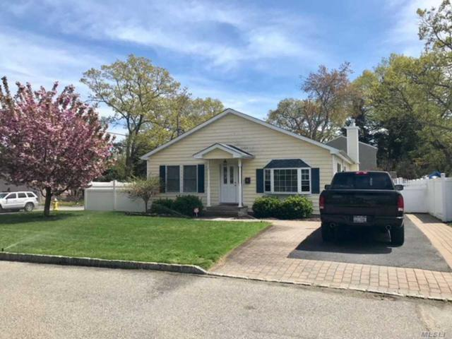 88 Hemlock St, Islip, NY 11751 (MLS #3111964) :: Netter Real Estate