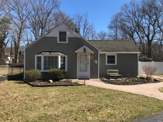 1207 Connetquot Ave, Central Islip, NY 11722 (MLS #3112008) :: Netter Real Estate