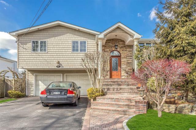 3376 Robbin Ln, Merrick, NY 11566 (MLS #3112065) :: Signature Premier Properties