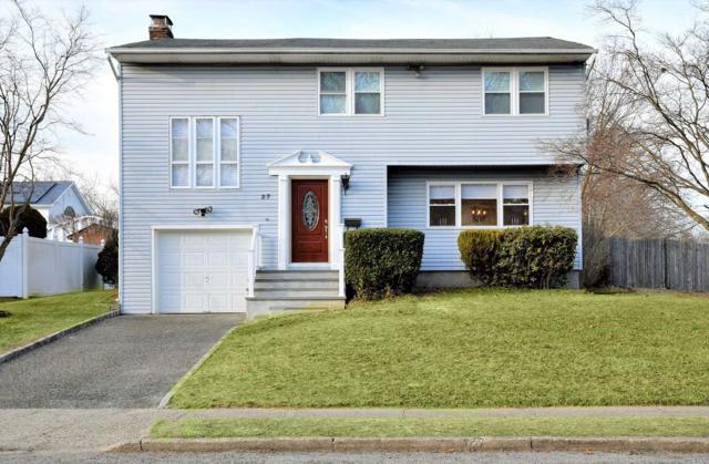 37 Hillcrest St, Lake Ronkonkoma, NY 11779 (MLS #3112098) :: Signature Premier Properties