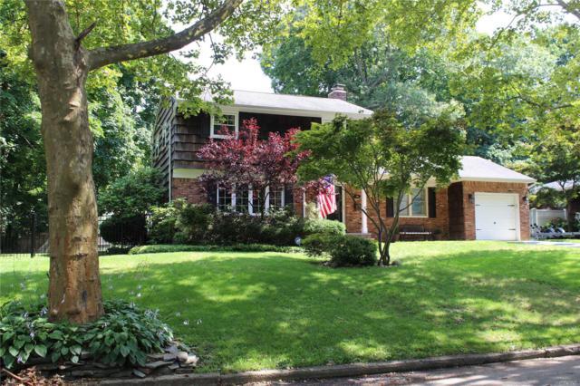 10 Royal Oak Dr, Huntington, NY 11743 (MLS #3112102) :: Signature Premier Properties