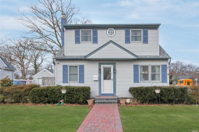12 Perry Pl, Patchogue, NY 11772 (MLS #3112123) :: Signature Premier Properties