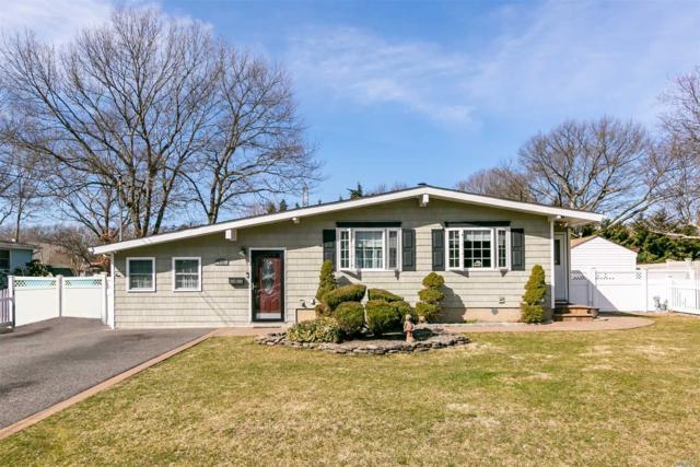 102 Maplecrest Dr, Lake Ronkonkoma, NY 11779 (MLS #3112160) :: Keller Williams Points North