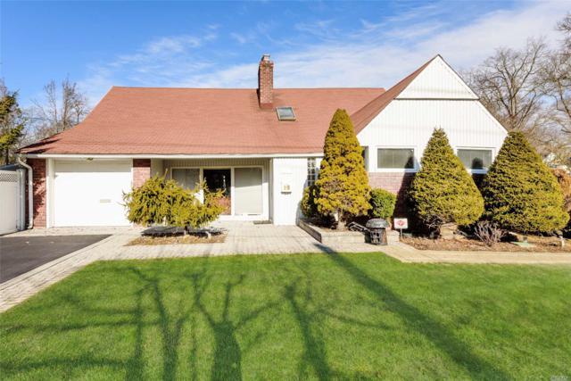 20 Oak Brook Ln, Merrick, NY 11566 (MLS #3112245) :: Signature Premier Properties