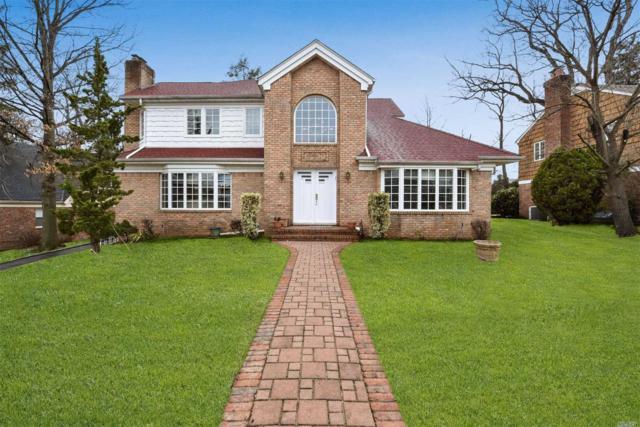 7 Stony Run Rd, Great Neck, NY 11023 (MLS #3112303) :: Netter Real Estate
