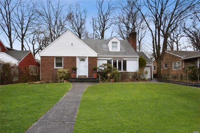 123 Wooleys Ln, Great Neck, NY 11023 (MLS #3112305) :: Netter Real Estate