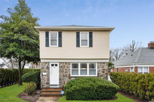 8 Stratford Ave, Garden City, NY 11530 (MLS #3112446) :: Signature Premier Properties