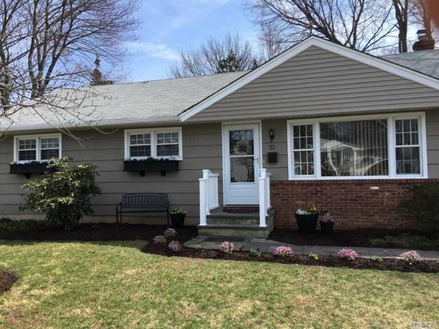 22 Sprucetree Ln, Huntington Sta, NY 11746 (MLS #3118527) :: Signature Premier Properties