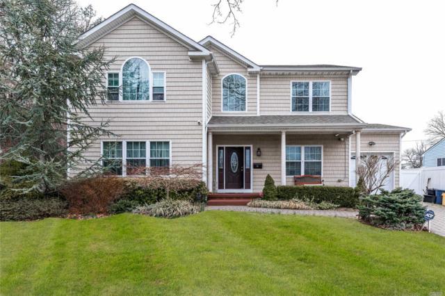 16 Terry Ln, Plainview, NY 11803 (MLS #3120015) :: Signature Premier Properties