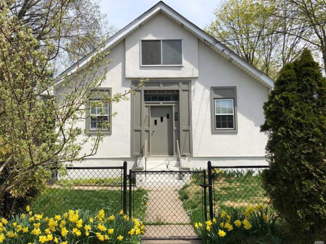 158 Wyman Ave, Huntington Sta, NY 11746 (MLS #3120860) :: Signature Premier Properties