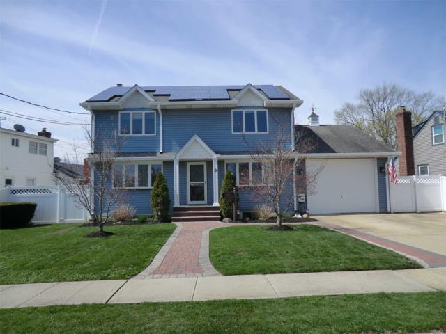8 Linden Blvd, Hicksville, NY 11801 (MLS #3121353) :: Signature Premier Properties