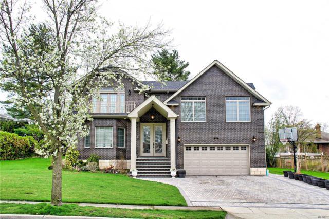 42 Queens Ln, Manhasset Hills, NY 11040 (MLS #3121631) :: Signature Premier Properties
