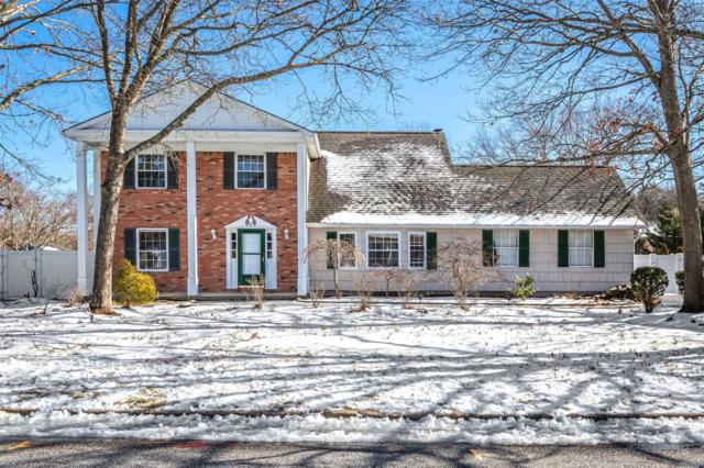 31 Country Greens Dr, Holtsville, NY 11742 (MLS #3121749) :: Signature Premier Properties