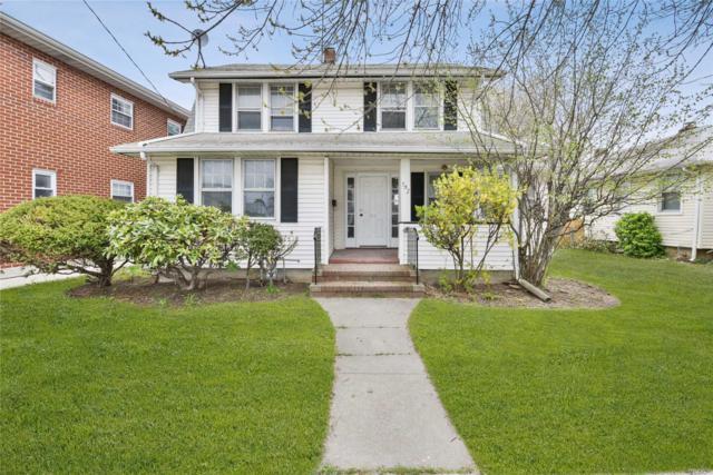 552 Lakeville Rd, New Hyde Park, NY 11040 (MLS #3122145) :: HergGroup New York