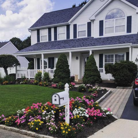 39 Summerfield Dr, Holtsville, NY 11742 (MLS #3123596) :: Shares of New York