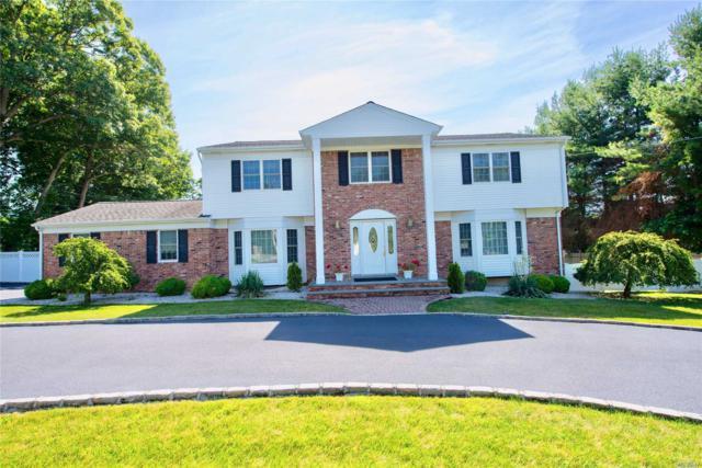 10 Vanderbilt Pkwy, Dix Hills, NY 11746 (MLS #3124287) :: Shares of New York