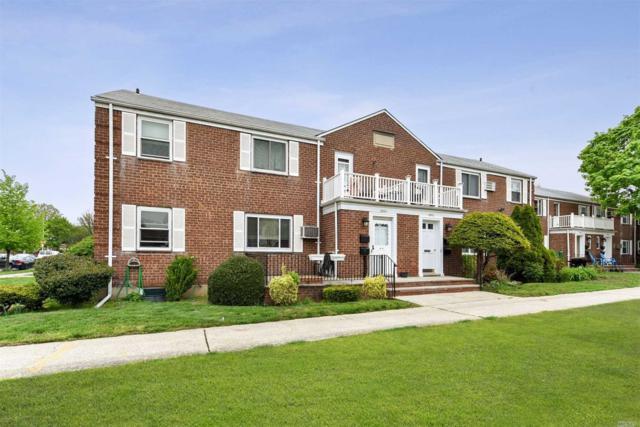 260-34 74 Ave 2nd Fl, Glen Oaks, NY 11004 (MLS #3126683) :: Shares of New York