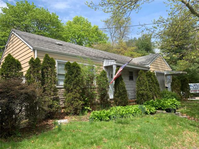 666 Rosevale Ave, Ronkonkoma, NY 11779 (MLS #3128871) :: Keller Williams Points North