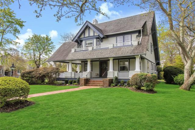 303 Plymouth Ave, Brightwaters, NY 11718 (MLS #3129313) :: Netter Real Estate