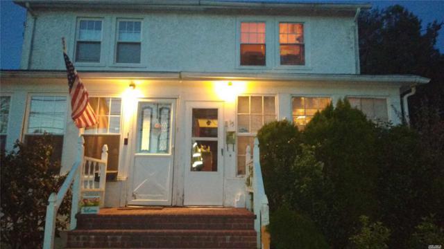 15 Raymond Ct, Garden City, NY 11530 (MLS #3129571) :: Signature Premier Properties