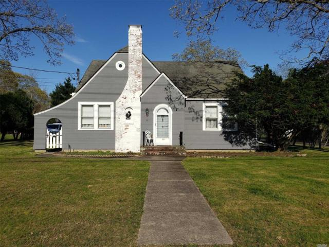 51 Bayview Ave, East Islip, NY 11730 (MLS #3129858) :: Netter Real Estate