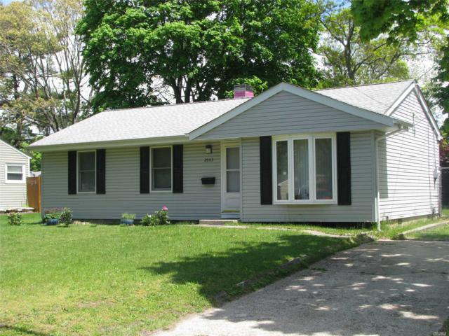 2905 Eagle Ave, Medford, NY 11763 (MLS #3130103) :: Signature Premier Properties