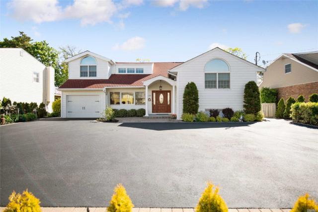 2699 Lincoln Blvd, Merrick, NY 11566 (MLS #3130210) :: Netter Real Estate