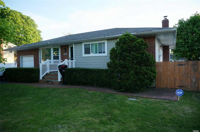 240 W 9th St, Deer Park, NY 11729 (MLS #3130246) :: Netter Real Estate