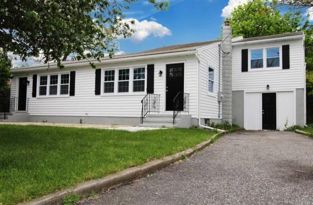 9 Little Neck Rd, Southampton, NY 11968 (MLS #3130828) :: Netter Real Estate