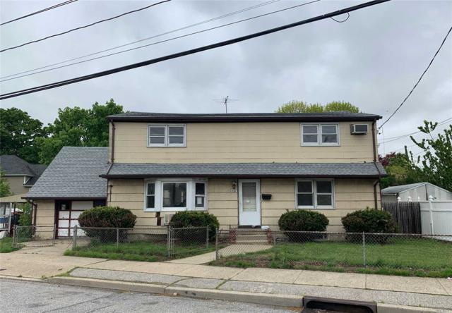 332 Newbridge Rd, Hicksville, NY 11801 (MLS #3130997) :: The Lenard Team