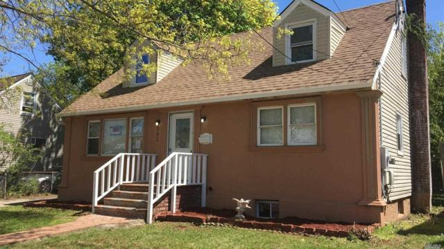 391 Lenox Ave, Uniondale, NY 11553 (MLS #3131030) :: The Lenard Team