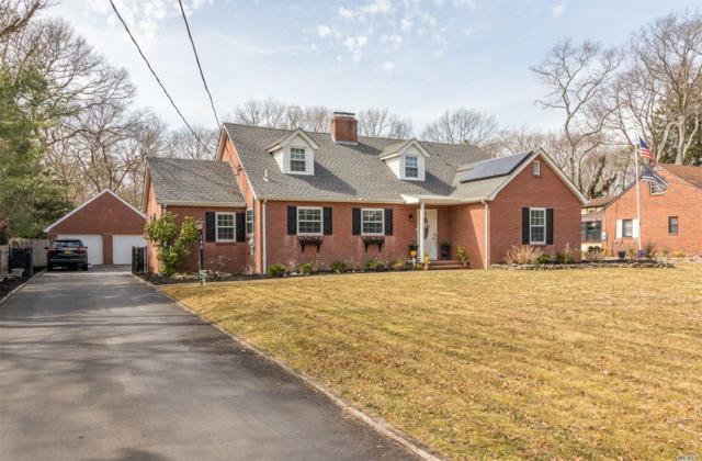 140 Oregon Ave, Medford, NY 11763 (MLS #3131126) :: Signature Premier Properties