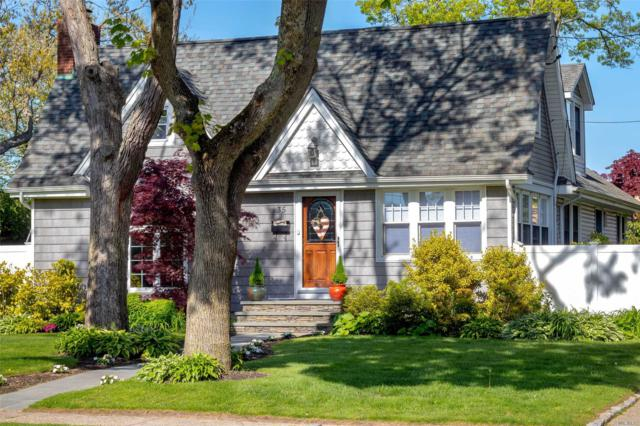 35 Chestnut Ave, Patchogue, NY 11772 (MLS #3131468) :: Signature Premier Properties