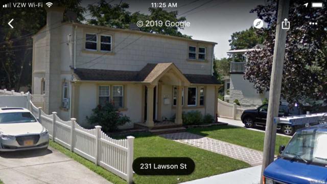 226 Lawson St, Hempstead, NY 11550 (MLS #3131527) :: Keller Williams Points North
