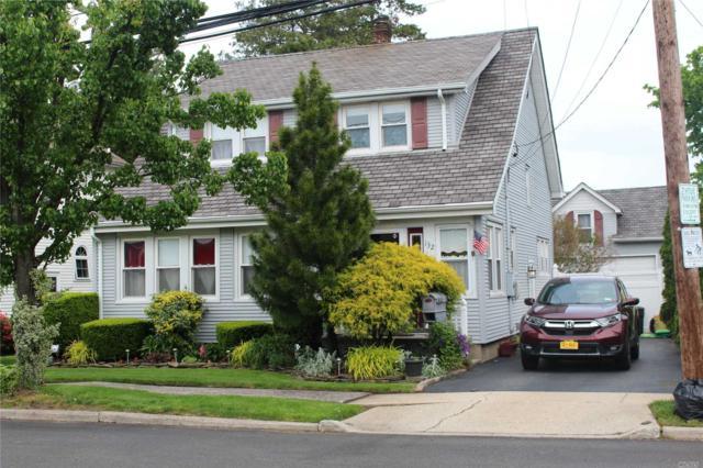 132 1st St, Hicksville, NY 11801 (MLS #3131623) :: Signature Premier Properties