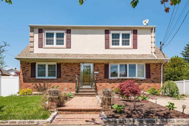 60 E John St, Hicksville, NY 11801 (MLS #3131822) :: Signature Premier Properties